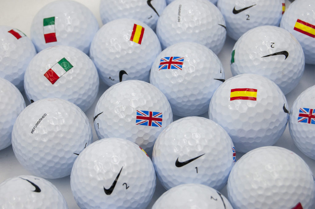 Bolas de golf con bandera reacondicionadas