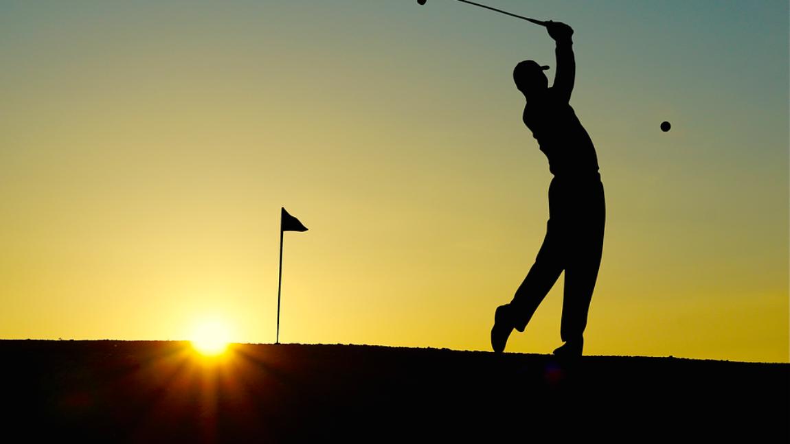 ¿Controlas la trayectoria de tus bolas de golf cuando juegas?
